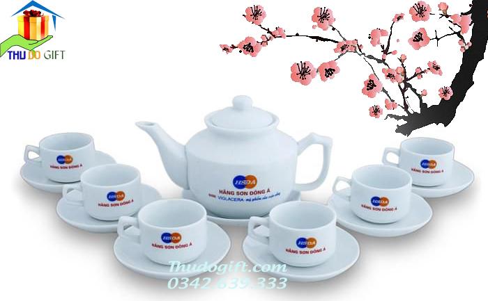 Ấm Chén Vuông HongKong in logo