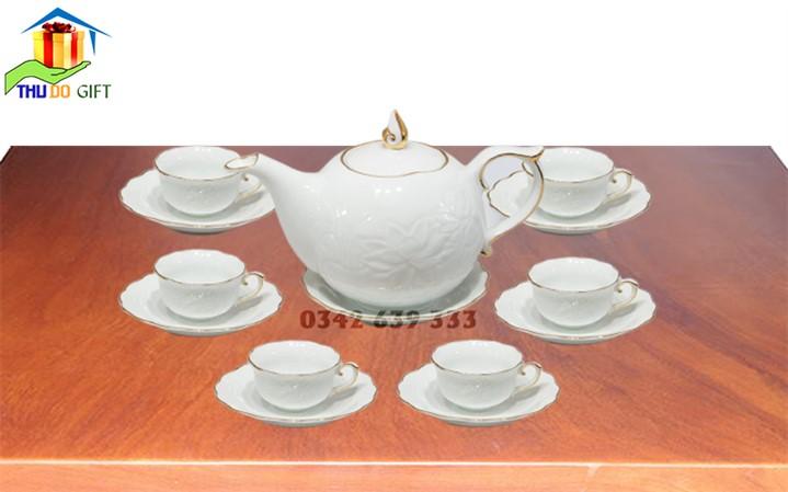 Bộ ấm trà dáng mẫu đơn hoa văn nổi