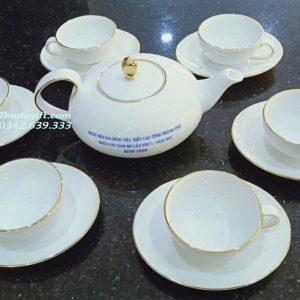 Bộ trà Elip Anne kẻ vàng kim