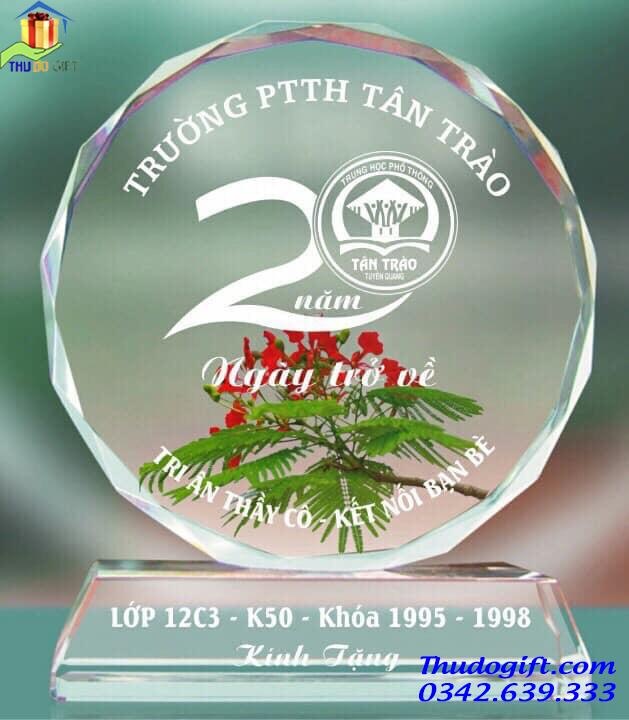 Kỷ niệm họp lớp pha lê - KHP02
