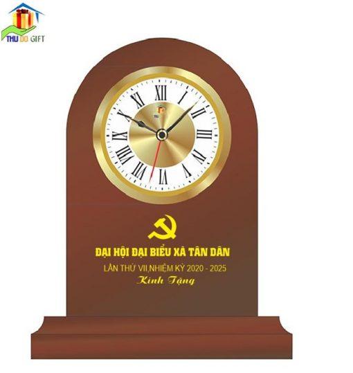 Đồng hồ bàn bằng gỗ in logo đại hội đảng