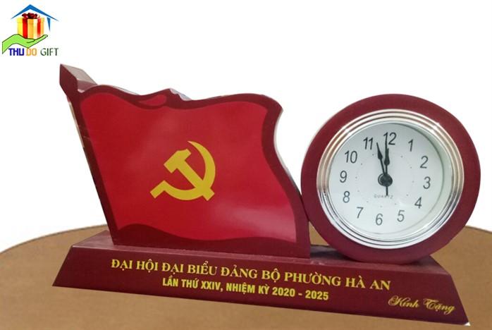 Đồng hồ để bàn mặt bạc cao cấp