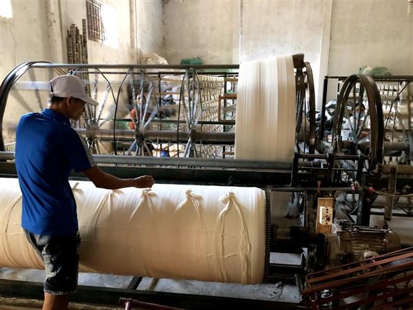 Hình ảnh xưởng dệt khăn Thủ Đô