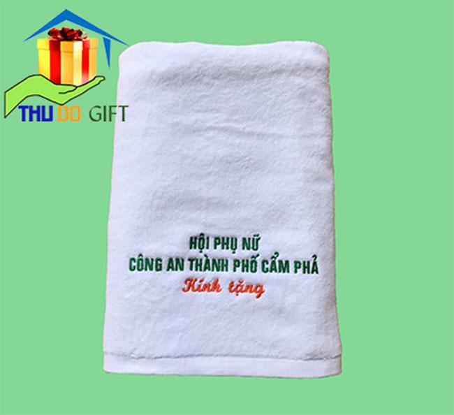 Khăn thêu logo hội phụ nữa công an thành phố Cẩm Phả