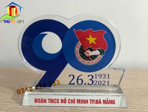 Qùa tặng 90 năm thành lập đoàn TNCS Hồ Chí Minh