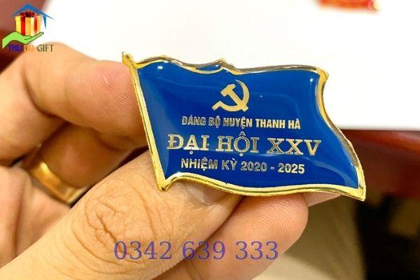 Phù hiệu đại hội Đảng huyện Thanh Hà in ăn mòn
