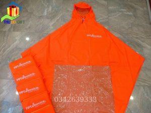 Áo mưa in logo làm quà tặng